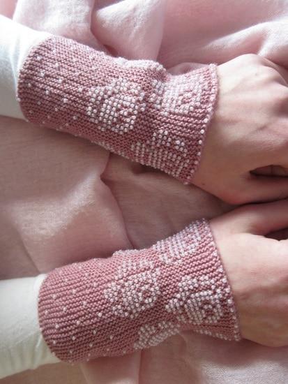 Rožinės riešinės